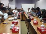 DPRD Makassar Gelar RDP Bersama PK5 Kelapa Muda