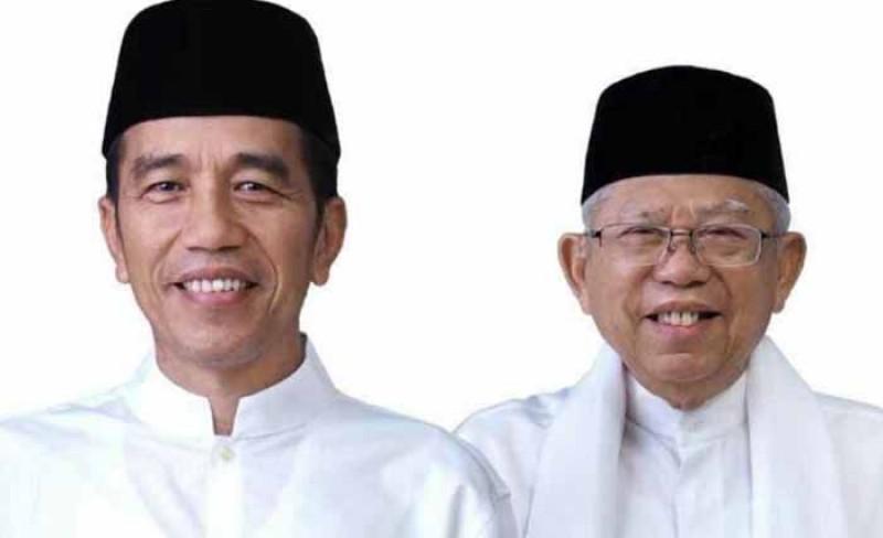 Pakai Baju Putih, Jokowi-Ma'ruf Amin Nampak Lebih Egaliter