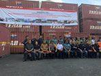 Sebanyak 57 Kontainer Kayu Ilegal Rp16,5 Miliar Diamankan di Makassar