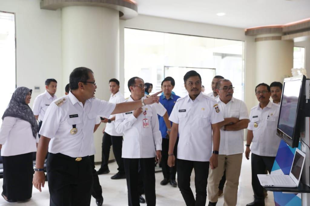 Dinas PM PTSP Kota Makassar Menyambut Tim LPPD Kemendagri RI