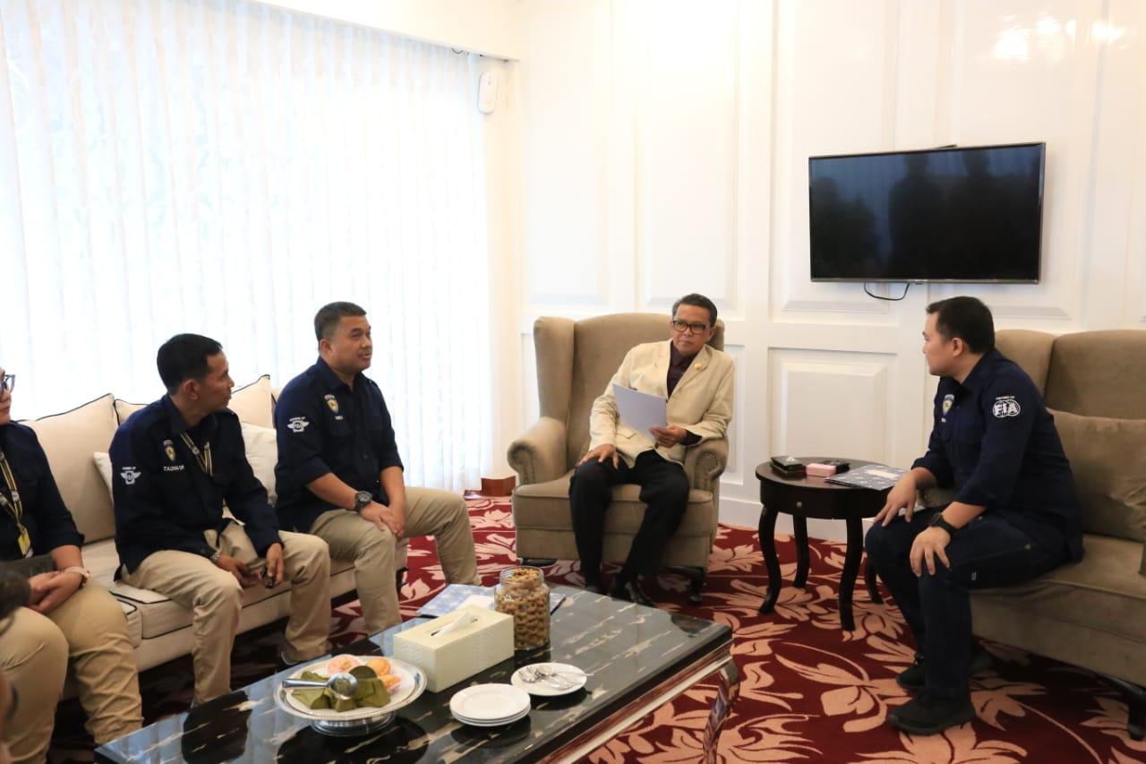 IMI Sulsel dan Pembalap Muda Berprestasi Silaturahmi dengan Gubernur