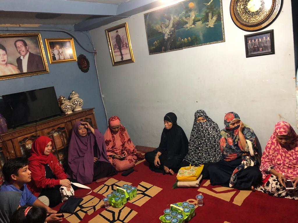 Incar Kursi DPRD Kota Makassar, Annisa Minta Restu ke Kelompok Pengajian Kelurahan Lembo