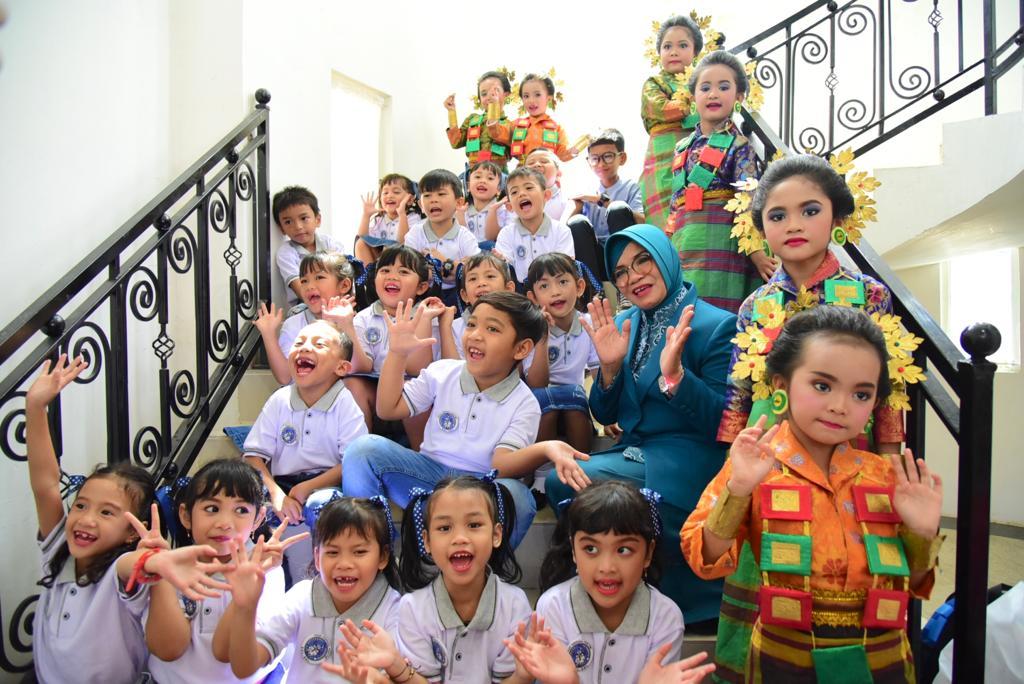 Liestiaty F Nurdin Minta Mendikbud Wajibkan Anak Sekolah di TK