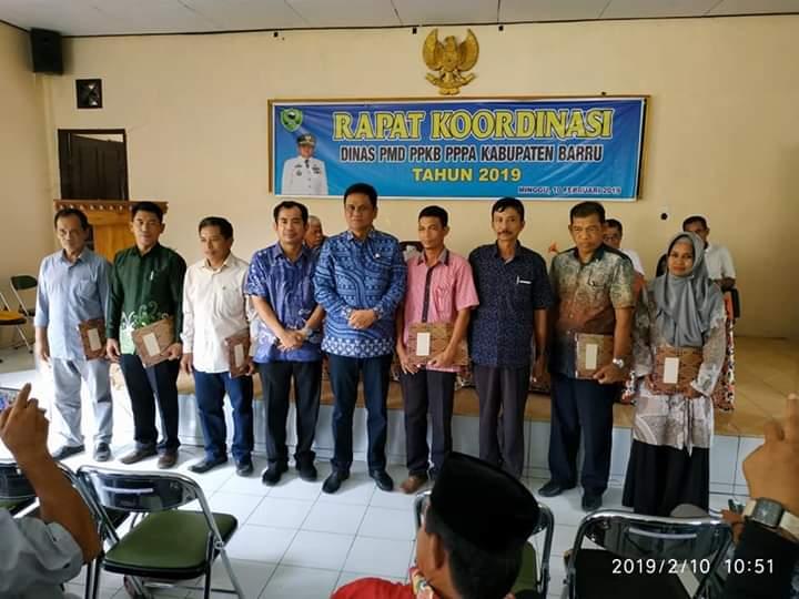 Pemkab Barru Laksanakan Rapat Bersama 40 Kades Se-Kabupaten Barru
