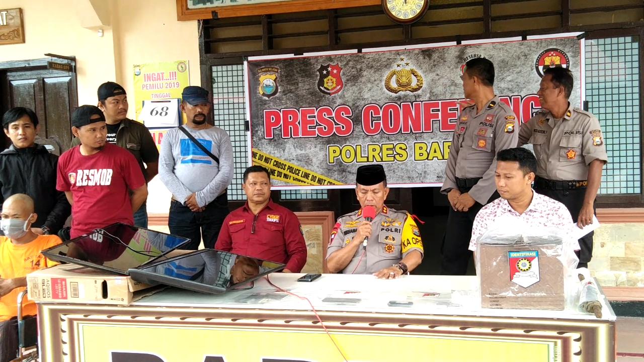 Polres Barru Gelar Press Release Penangkapan Pelaku Perampokan Koperasi 600 Juta