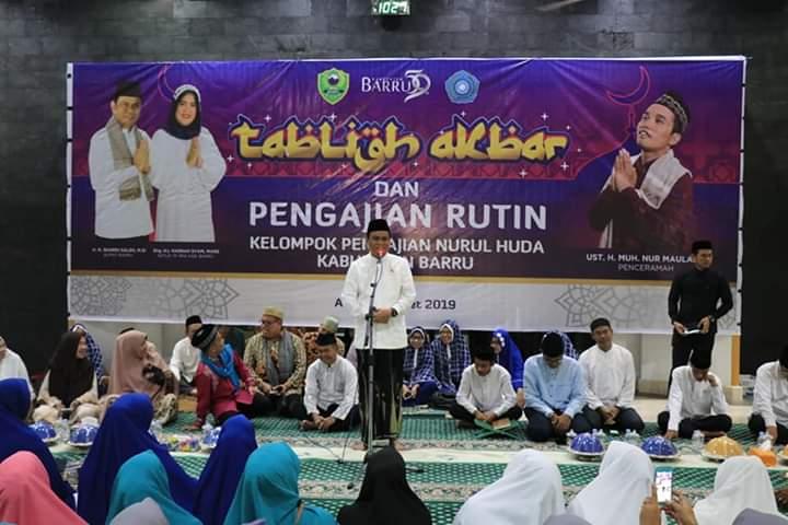 Barru Hasnah Syam hadir pada acara Tabligh Akbar dan Pengajian Rutin Kelompok Pengajian Nurul Huda