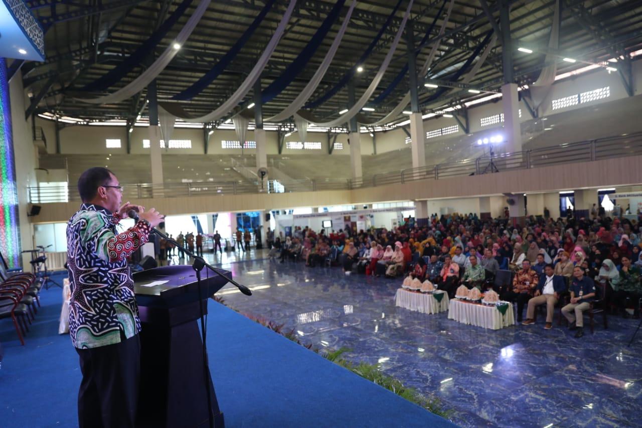 Di Edu Expo OJK Regional VI, Walikota Makassar Ungkap Pentingnya Peran Ekonomi