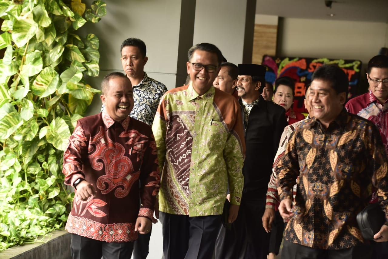 Di Hadapan PHRI, Gubernur Buktikan Benahi Pariwisata Toraja