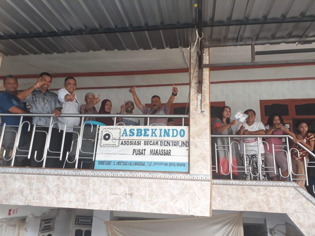 Duo Perindo, Indira dan Ilham: Bantuka Bos, Tena Kupasiriki!