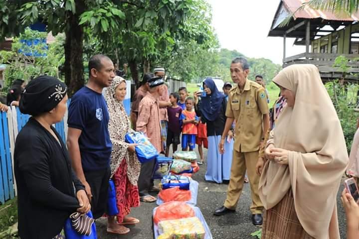 Hasnah Syam, Mengunjungi Lokasi Korban Bencana Angin Puting Beliung