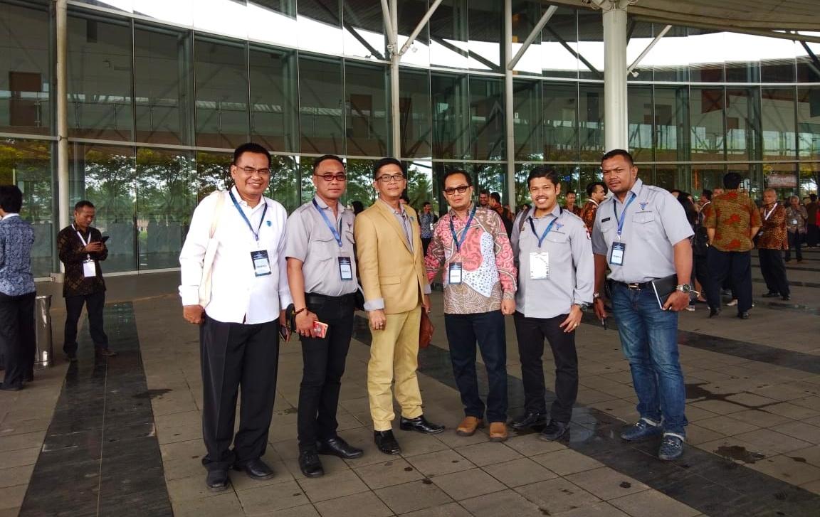 PD Pasar Makassar Hadiri Raker Perdagangan
