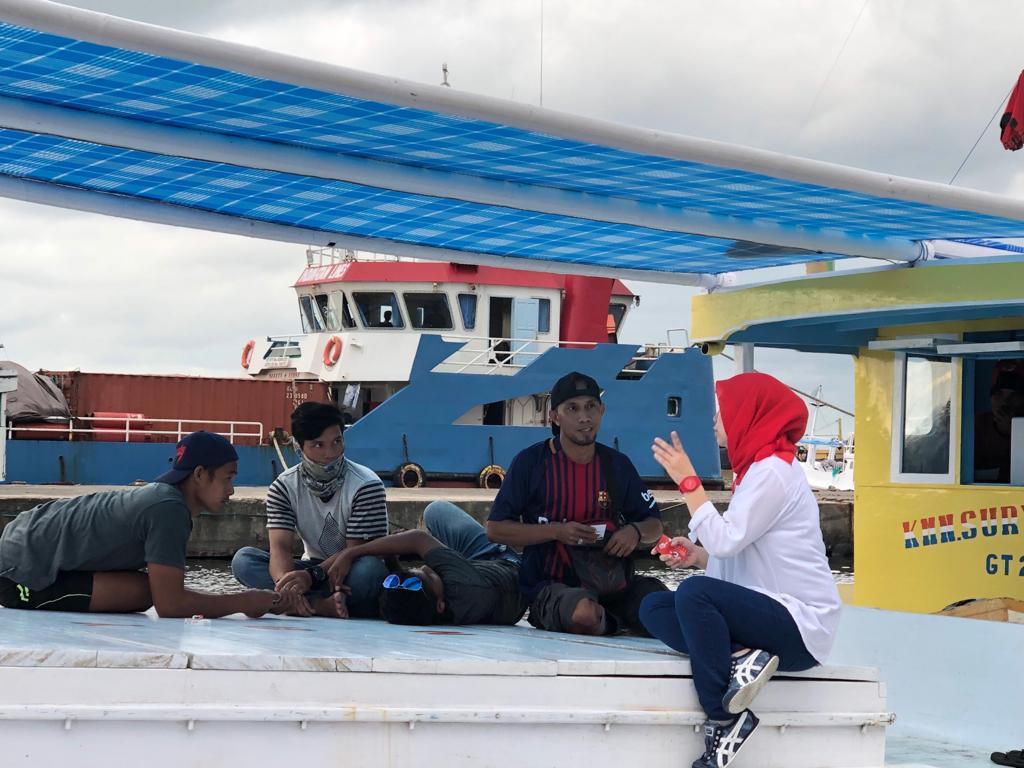 Sambangi Pelabuhan Poetere, Annisa Tebar Komitmen Perjuagannya