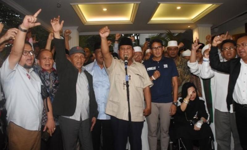 Tak Sampai 24 Jam, Prabowo Deklarasi Kemenangan 3 Kali