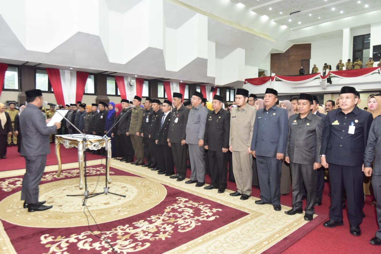 Wagub Lantik Pejabat Administrator dan Pengawas Lingkup Pemprov Sulsel