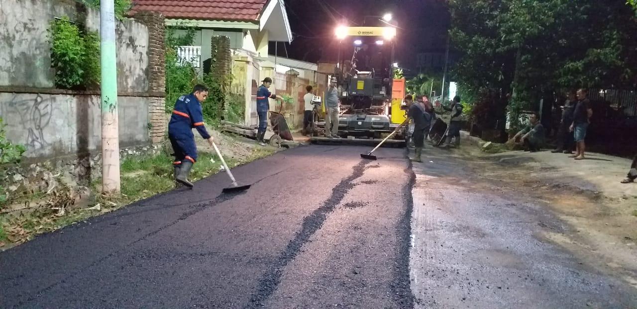 Bulan Ramadhan Bukan Jadi Penghalang Tim Sapu Lubang DPU Kota Makassar Jalankan Tugasnya