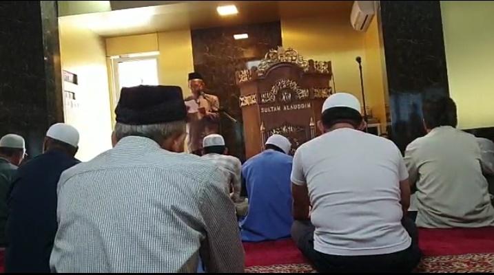 Doa bersama Jamaah Masjid Sultan Alauddin Komplek UMI pasca Pleno penetapan hasil Pemilu 2019 tingkat KPU Pusat