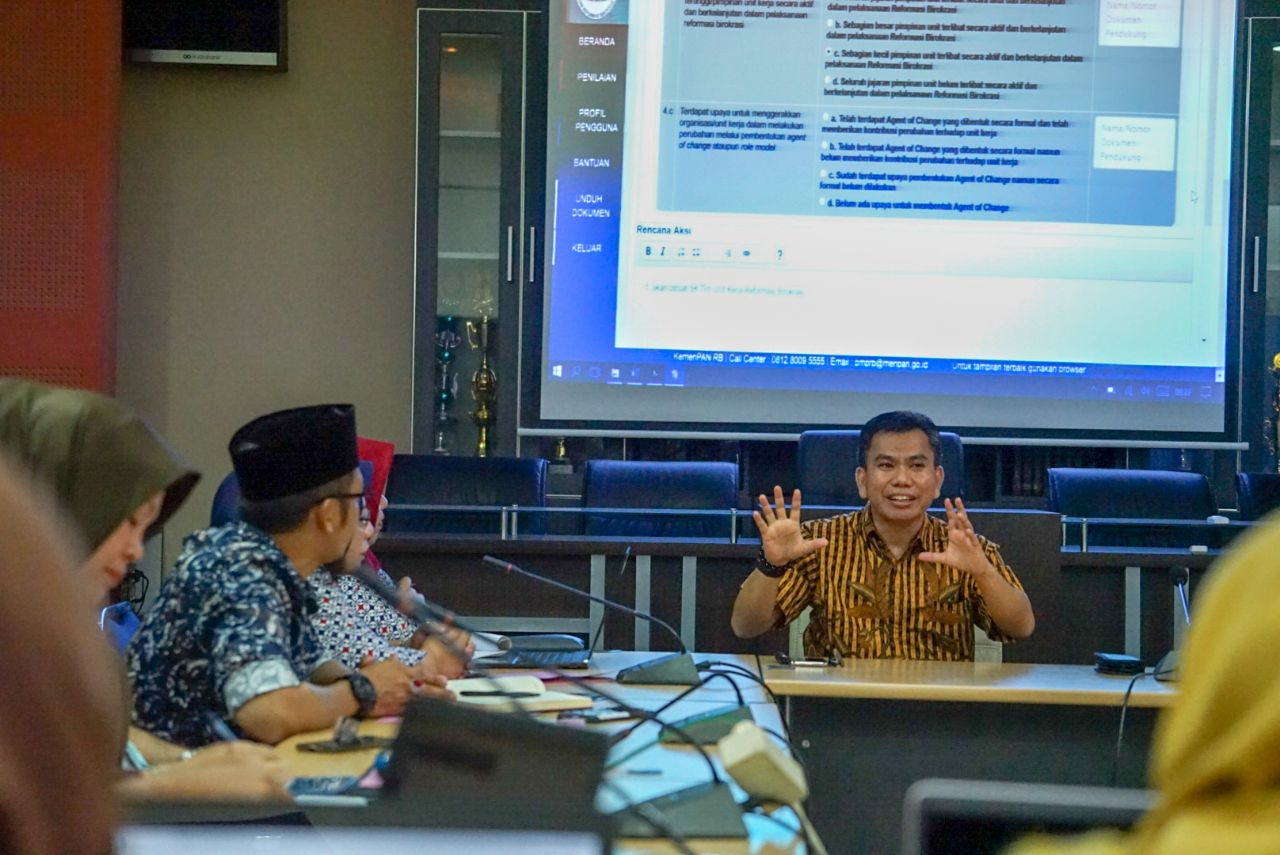 DPU Kota Makassar Apresiasi Rapat Kertas Kerja Pengisian Online Penilaian Mandiri