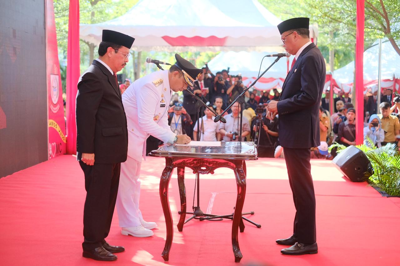 Gubernur Sulsel Harap di Tangan Pj Walikota, Pemerintahan di Makassar Dinormalkan