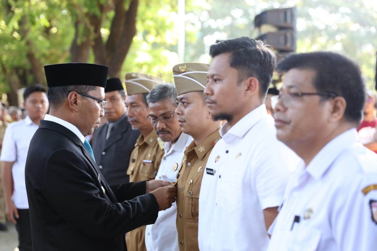Hari Terakhir Menjabat, Danny Lantik 300 ASN Lingkup Makassar