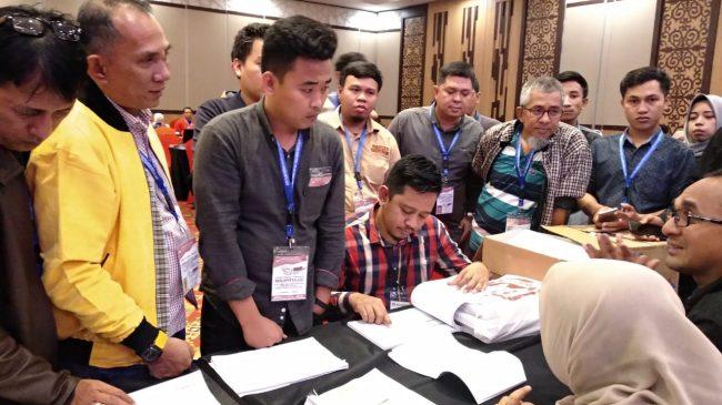 KPU Makassar Dituding Tidak Transparan
