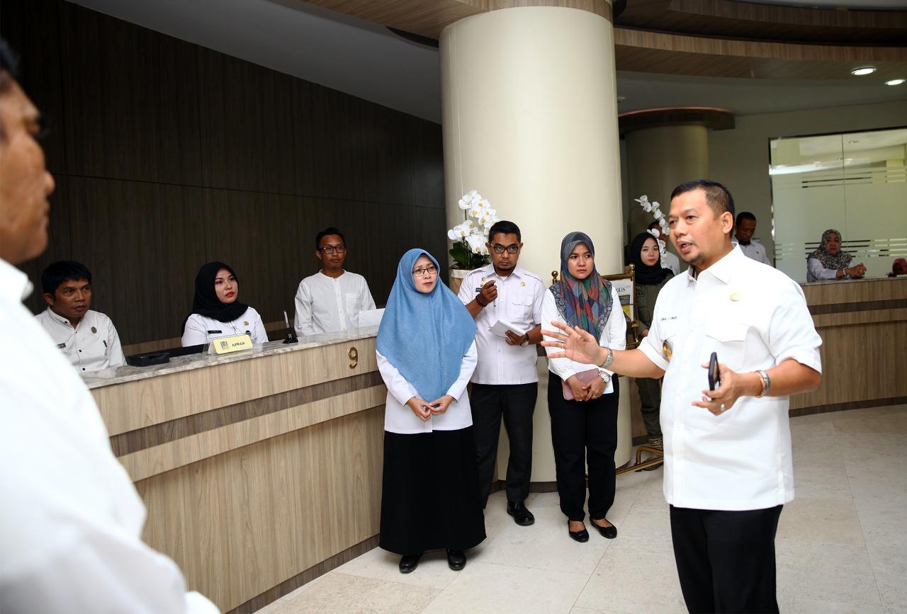 Pj Wali Kota Makassar Kunjungi Dinas PM & PTSP Makassar