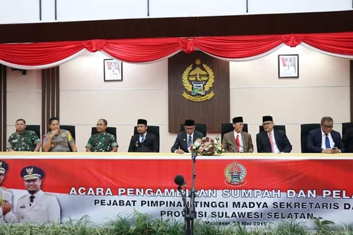 Sekda Barru Nasruddin Hadiri Pengambilan Sumpah dan pelantikan Sekertaris Daerah Sulsel