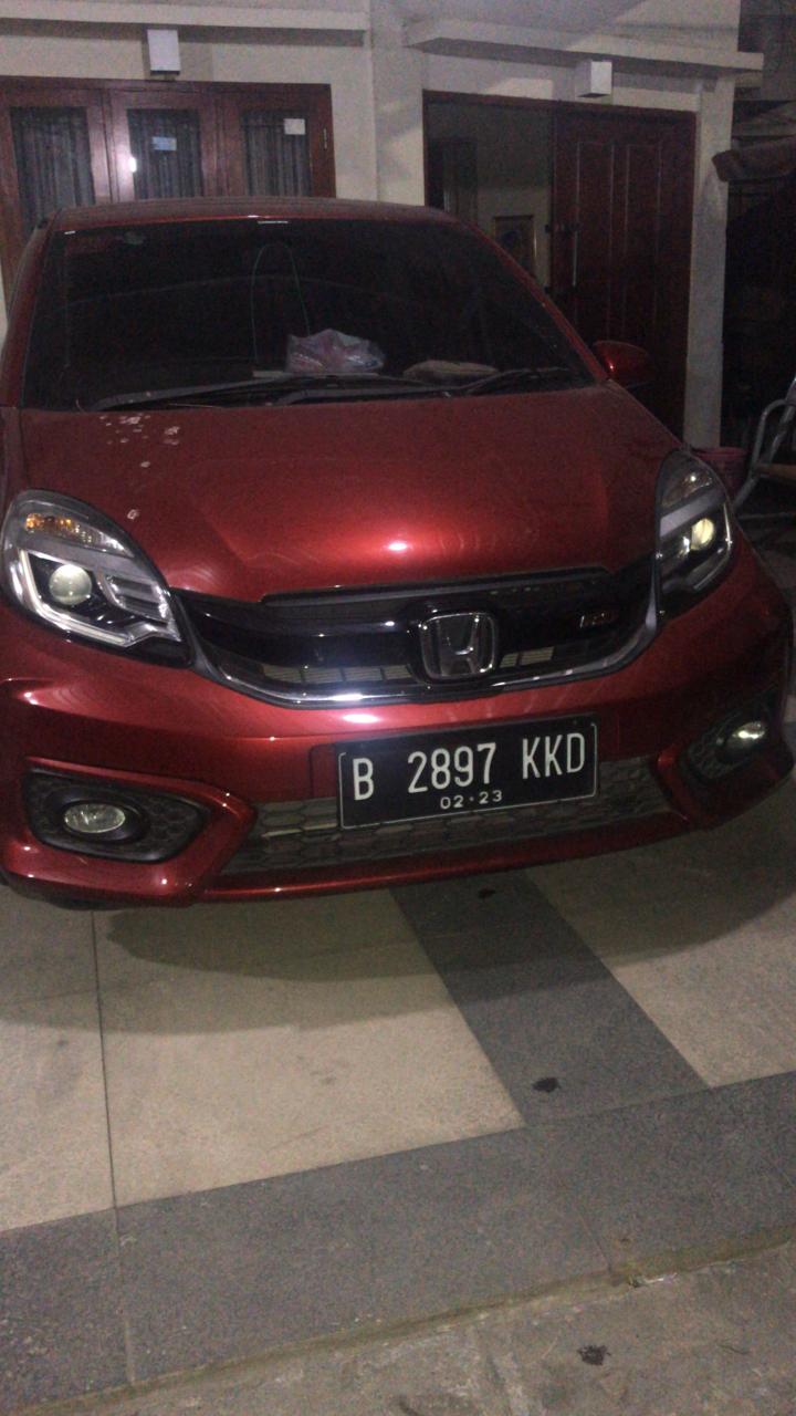 Usai Tarwih, Mobil Mahasiswi FKM Unhas Ini Digasak Maling
