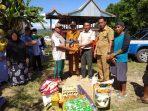 Sesuai Arahan Bupati Barru Dinas Sosial Langsung Berikan Bantuan Korban Kebakaran di Desa Ajjakang