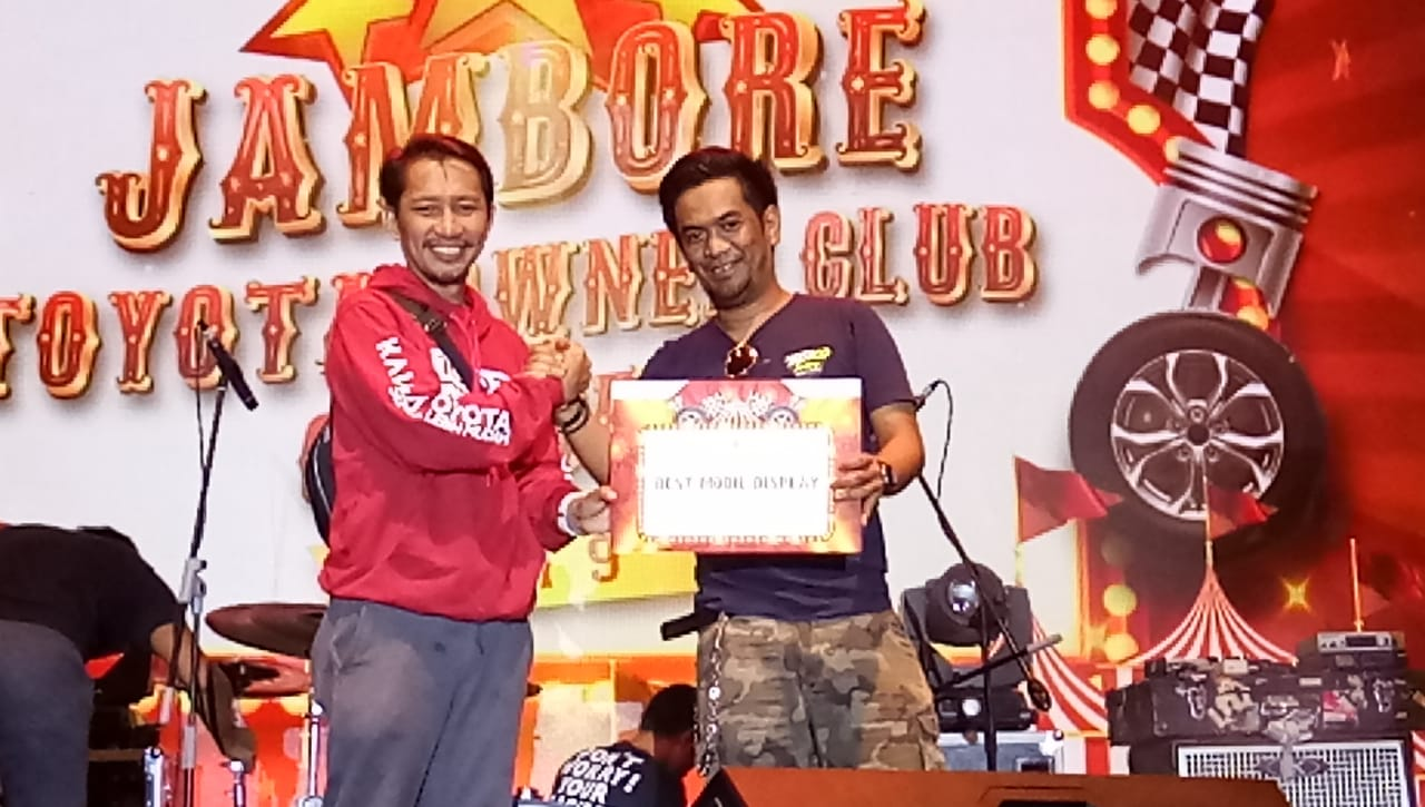 Corolla Retro Makassar Raih Prestasi di Jambore TOC
