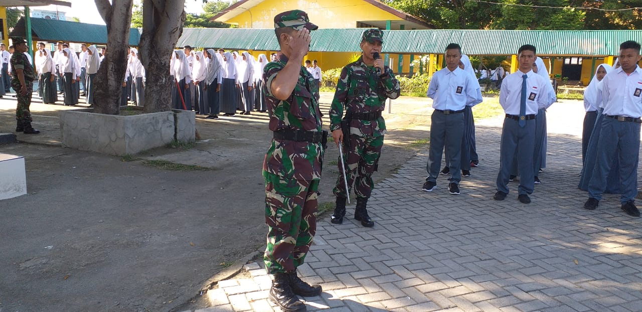 Dandim1410 Bantaeng Bersama Personil Turun ke Sejumlah Sekolah