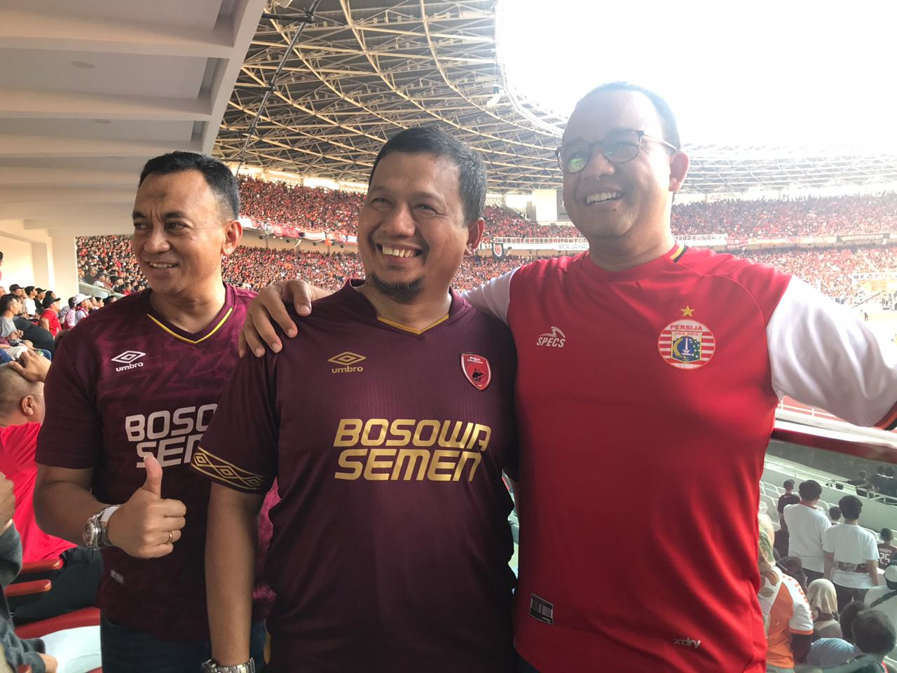 Iqbal Bersama Anies Baswedan Nonton Langsung Final Piala Indonesia di GBK