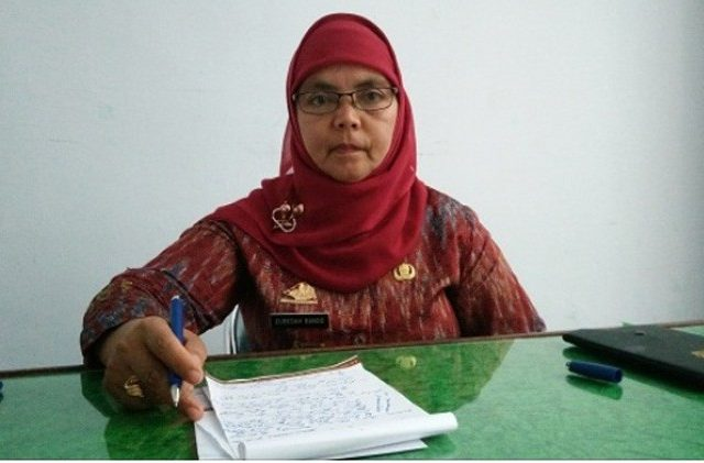 Muslimin Bando Lantik Saudaranya Jadi Kepala DPMD Enrekang