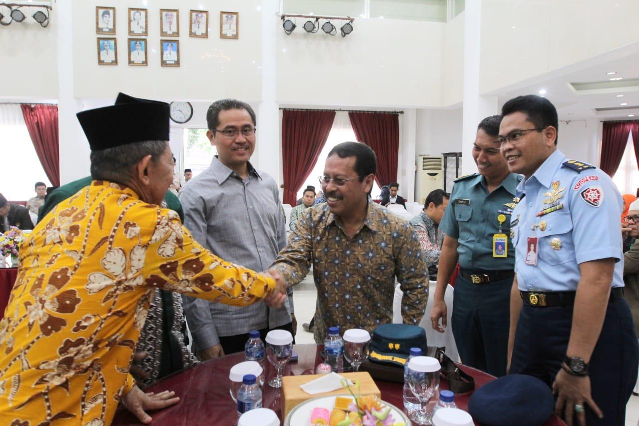 Pemkot Makassar – MUI Bersinergi dalam Makassar Halal Expo 2019