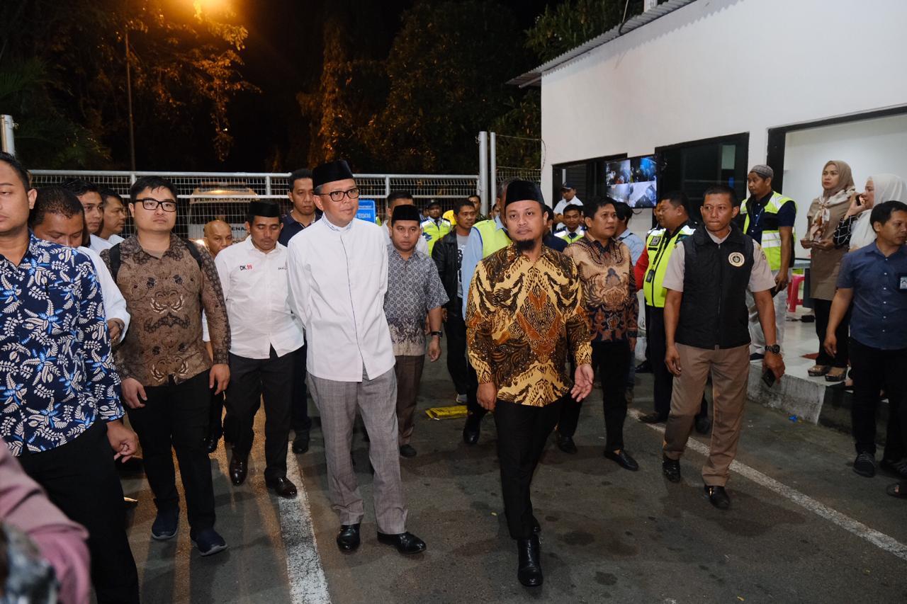 Raut Duka dirasakan Oleh Sejumlah Tokoh Sulsel yang Hadir Terkhusus Wakil Gubernur