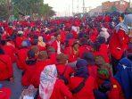 Demo Hari Ini Berjalan Kondusif, Mahsiswa Membubarkan Diri dengan Tertib