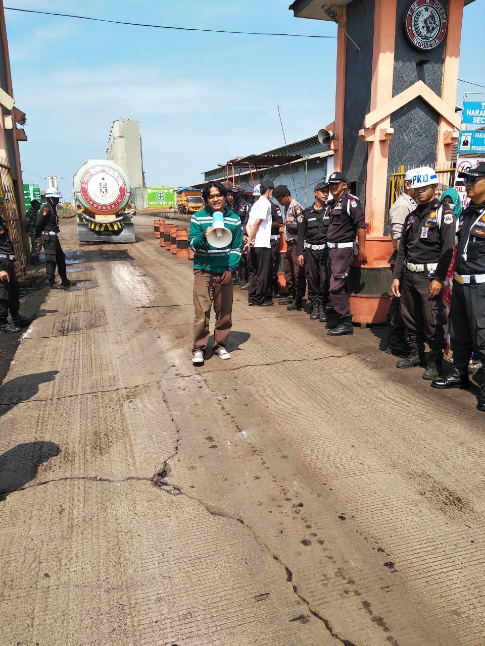 Aktivis Lingkungan Pangkep Desak Dirut PT Tonasa Turun dari Jabatan