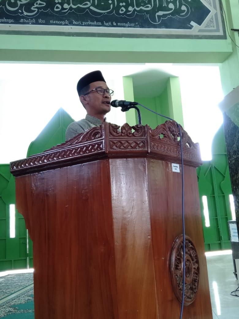 Camat Manggala Mengharapkan agar Aktif dalam Kegiatan Masjid