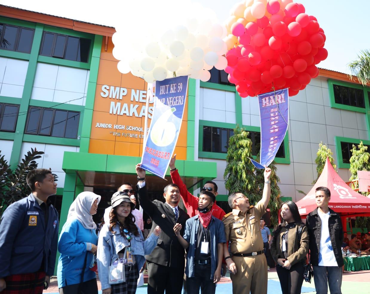 Iqbal Suhaeb Kenang Masa Remaja Saat Berkunjung ke SMP 6 Makassar