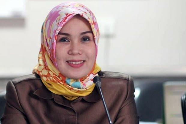 Jabat Kerua DPRD Sulsel, Ina Kartika Sari Buktikan Kemampuan Wanita di Perpolitikan