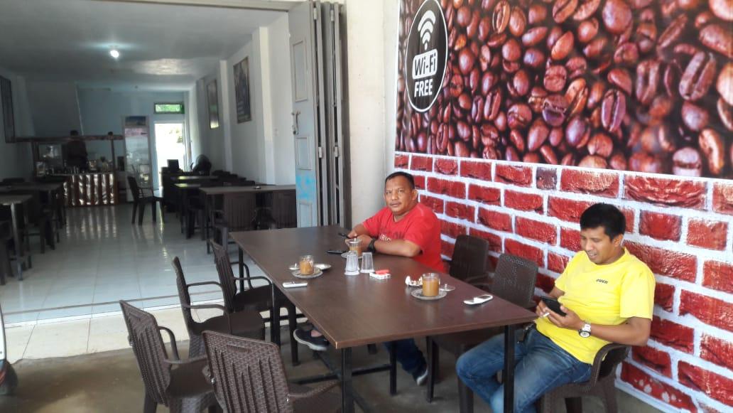 Warkop HK di Gowa, Tempat Asik Minum Kopi