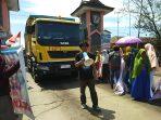 Di Hari Jadi PT Semen Tonasa, Masyarakat Pangkep Tuntut Penyelesaian Debu Batu Bara
