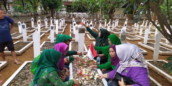 Perempuan Bangsa PKB Berziarah ke Makam Pahlawan, Guna Mengenang Jasa
