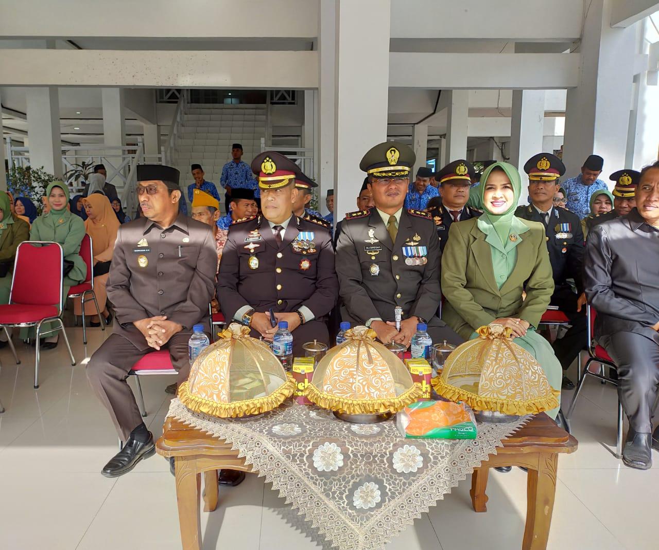 Wabup Barru Pimpin Upacara Bendera Memperingati Hari Pahlawan