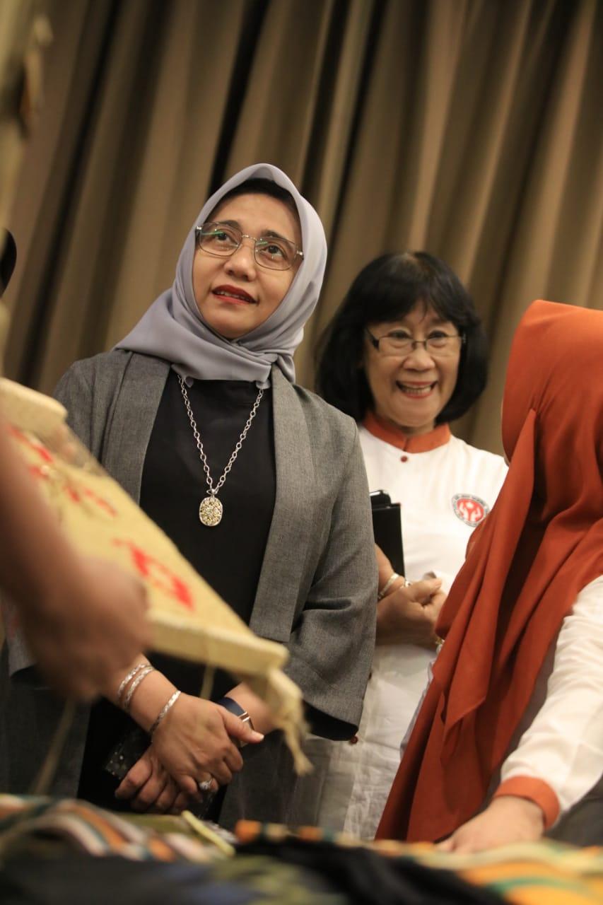Dinas Perdagangan Makassar Gelar Pelatihan Industri Tenun