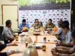 Pimpin Rapat Koordinasi PD Pasar, Iqbal Tekankan Pembenahan dan Kebersihan Pasar