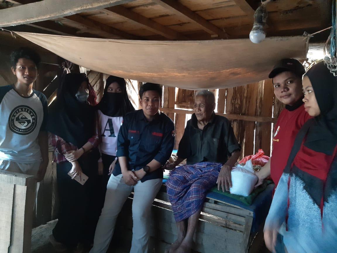 Hipermawa Sabbangparu Berbagi Galang Aksi Peduli Untuk Kakek Noki