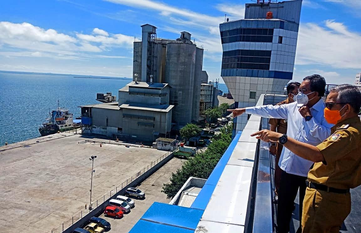 Atasi Macet Pelabuhan, Pemkot Makassar dan PT Pelindo IV Buat Parkir Transit Truk