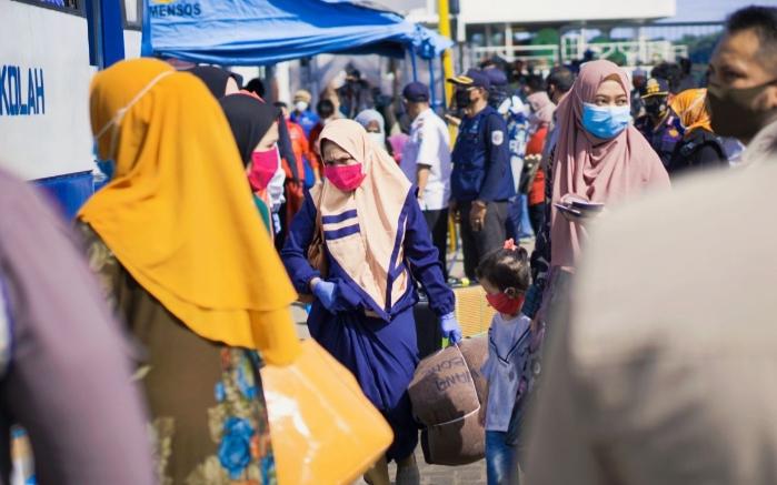 Pemeriksaan di Atas Kapal, 88 WNI Dinyatakan Negatif, Diizinkan Bersandar di Pelabuhan Nusantara Parepare