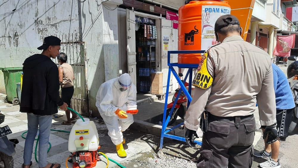 Peringanti Hari Lahir Pancasila, TGTPP Covid-19 Lakukan Penyemprotan Disinfektan