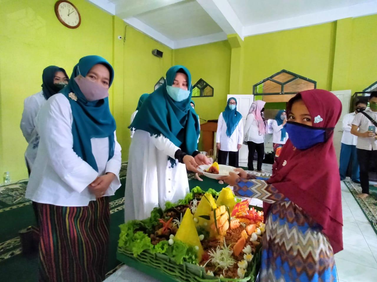 Ultah Ketua TP PKK Sulsel, TP PKK Makassar Kunjungi Panti Asuhan